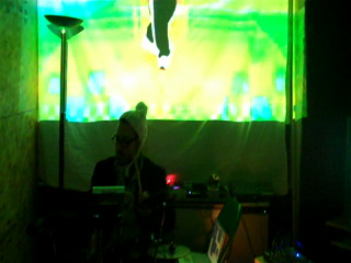 Synthetic Miracle – Videodrums Performance